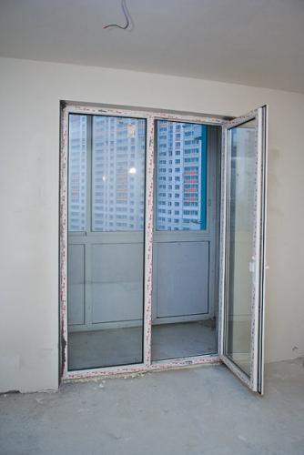 Как сделать в квартире окна в пол