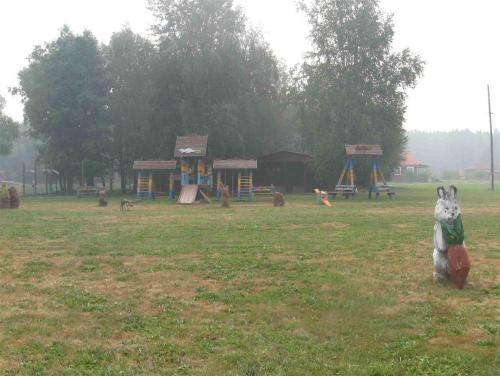 Детские площадки в 2010.jpg